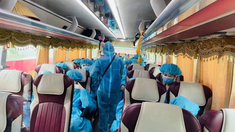Các thành viên trên xe đều đảm bảo phòng dịch Covid 19