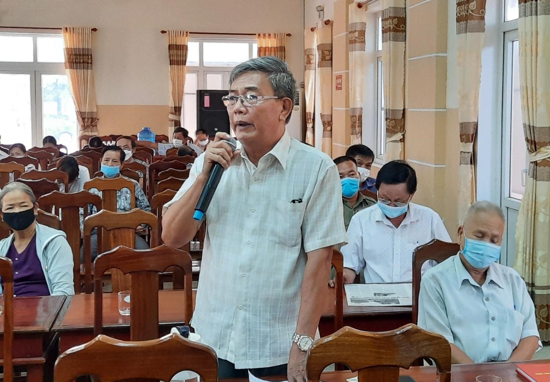 Đại diện nhân dân phát biểu đóng góp ý kiến